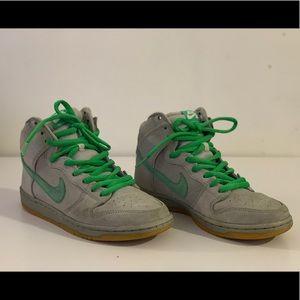 Nike SB SILVER BOX Dunk size 7.5 (US)